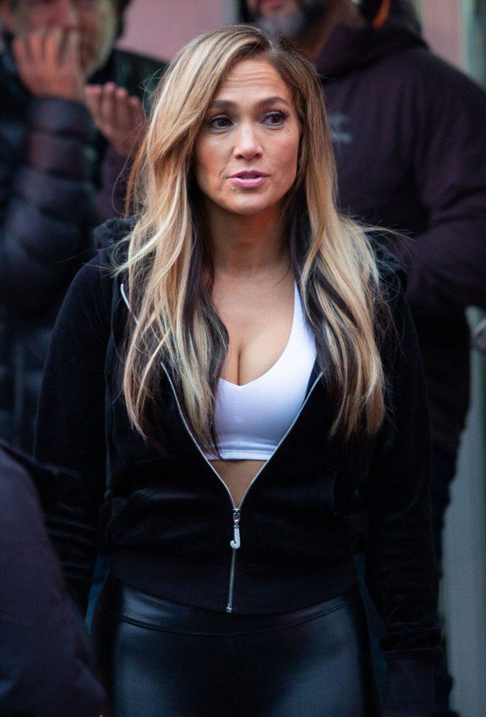 Jennifer Lopez Slutty Outfit on Movie Shoot