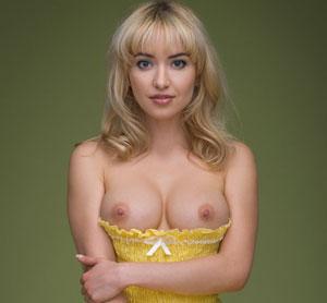 Lia May