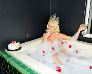 Courtney Stodden Naked in a Bubble Bath for her 25th B Day