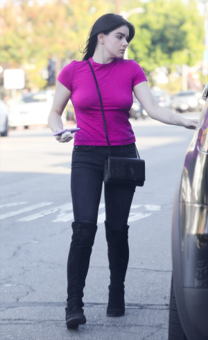Ariel Winter in a Tight Pink Shirt