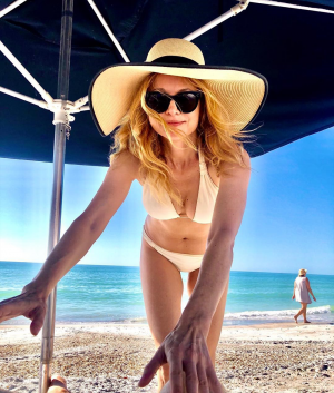 Heather Graham Still Killin It in a Yellow Bikini