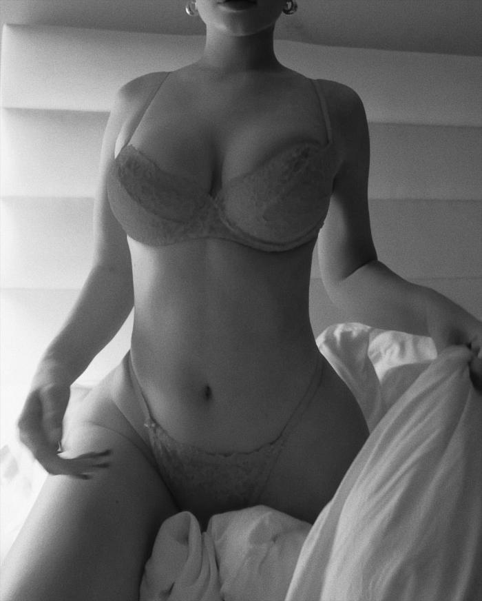 Kylie Jenner Posing in her Bra & Panties in Black & White