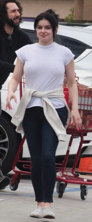 Ariel Winter Braless Pokies in a White Tee Shirt