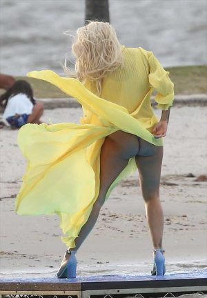 Rita Ora Bare Ass On a Music Video Shoot