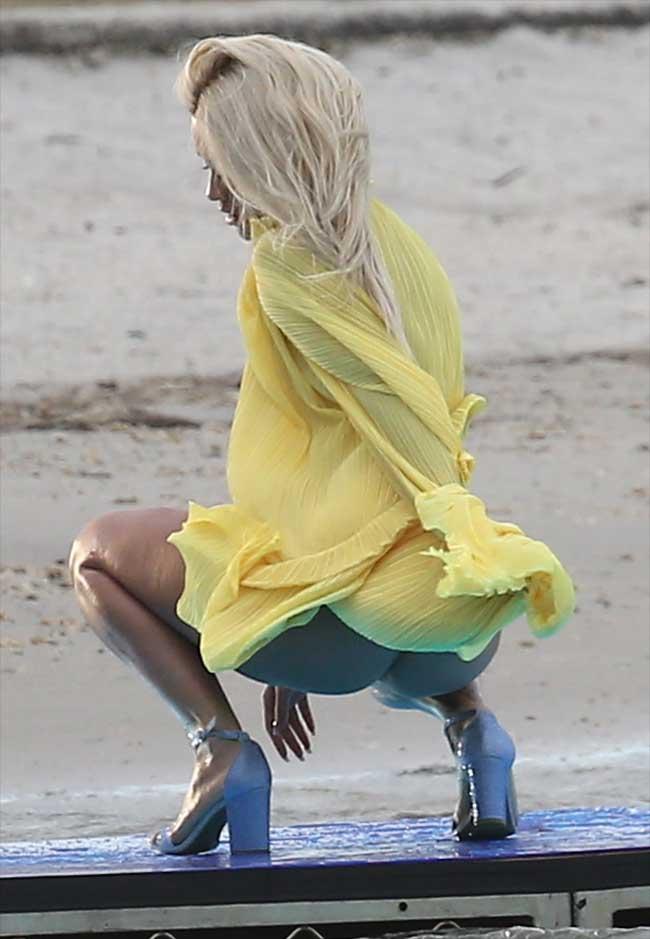 Rita Ora Bare Ass On a Music Video Shoot