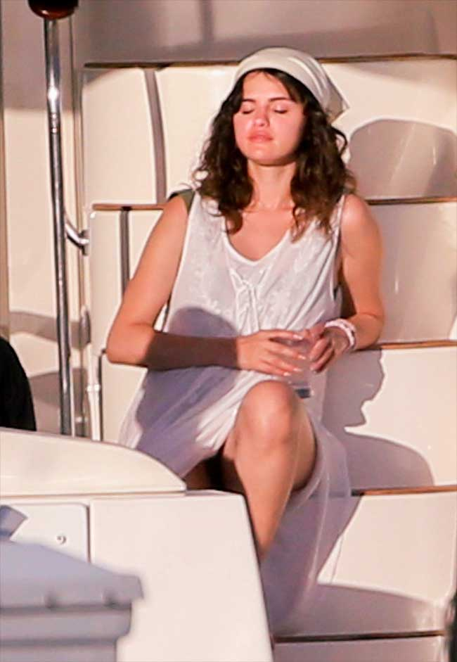 Selena Gomez Slight Upskirt on Vacation