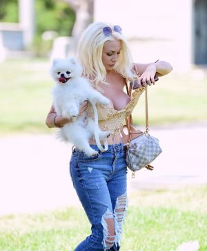 Courtney Stodden Huge Areola Slip While Walking her Dog