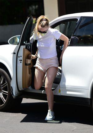 Dakota Fanning Braless Nipple Pokies in her White Tee