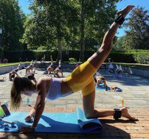 Nina Agdal Cameltoe While Leading a Yoga Session