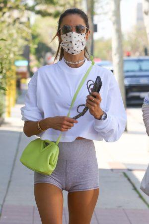 Alessandra Ambrosio Thick Cameltoe in Tight Yoga Shorts